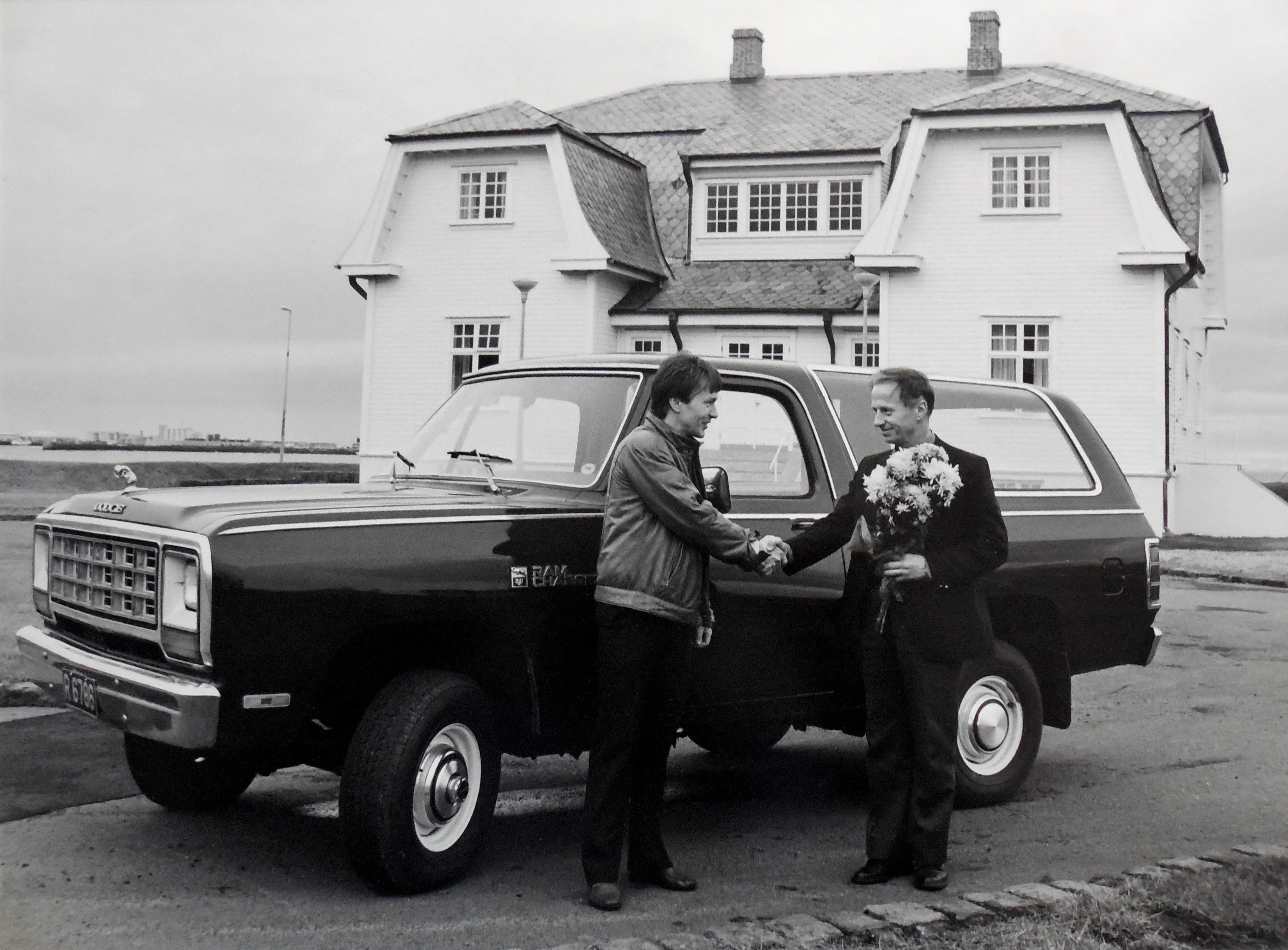 Jofurstiminn - fyrsti Chrysler